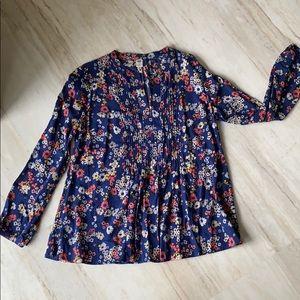 Lightweight floral long sleeve blouse